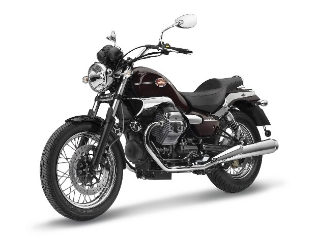 Innovation motor bike 2012 Eicma: Moto Guzzi Nevada, heart of roadster