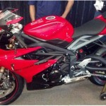 News motor bike 2013: New photographs of Triumph Daytona 675