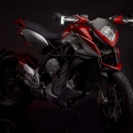 News motor bike 2013: MV Agusta Rival 800, 1st photographs!