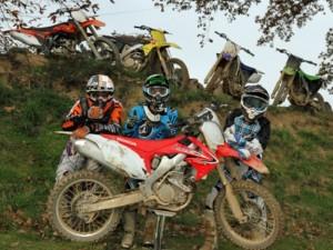 5-bikes-honda-yamaha-suzuki-ktm-kawasaki