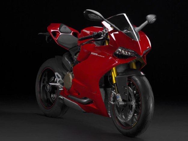 News motor bike 2013 with the EICMA: Ducati 1199 Panigale R, Reinforced in Racing
