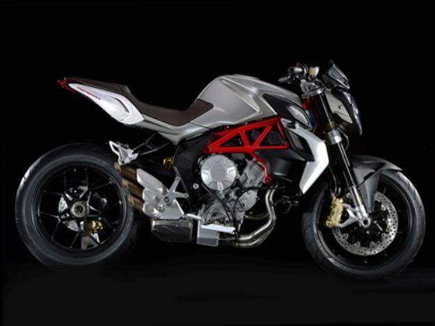 News motor bike 2013: MV Agusta Brutale 800, the other Italian surprise