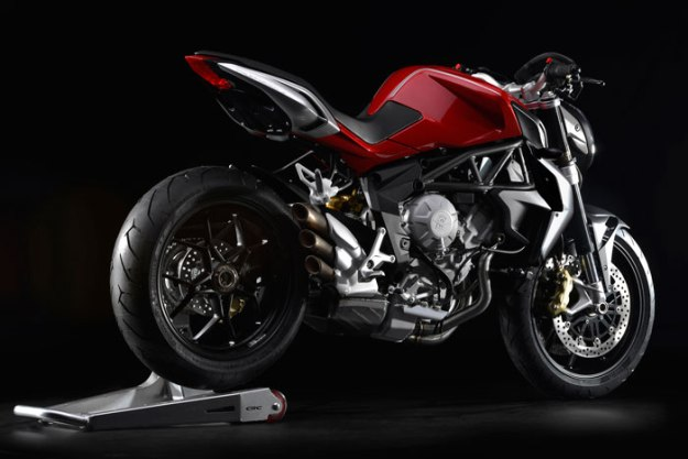 News motor bike 2013: MV Agusta Brutale 800, the other Italian surprise