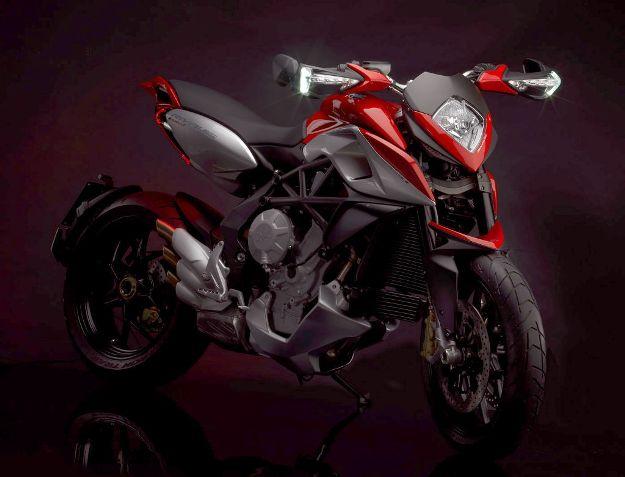 News motor bike 2013: MV Agusta Rival 800, 1st photographs!