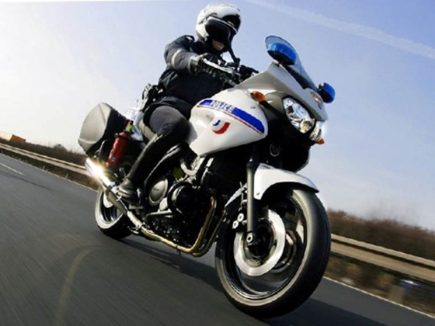 yamaha_police_bike