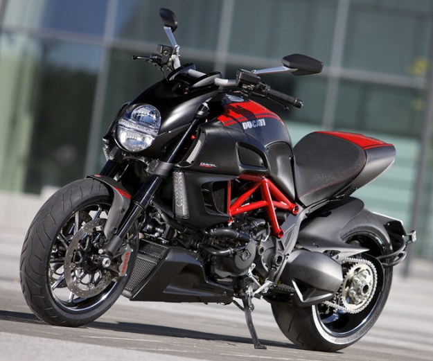 Ducati 1200 Diavel Strada - Innovation 2013 presentation