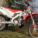 Test HM CRF 300 R 2013