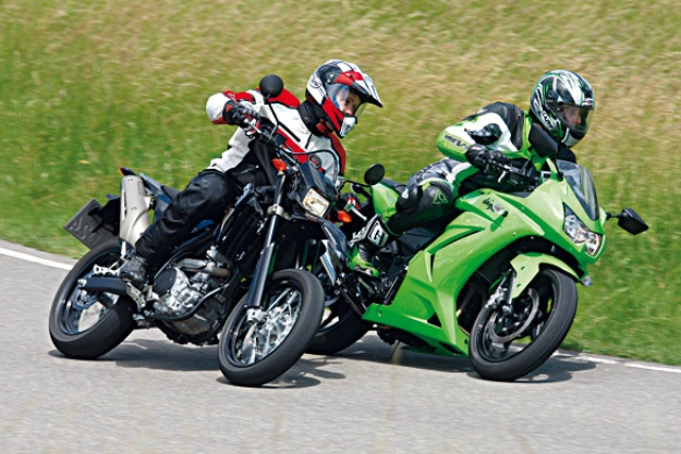 Kawasaki Ninja 250R vs Yamaha WR250X: The sport with sauce two and half!