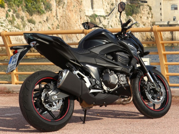 Test Kawasaki Z800: the Zest moreover
