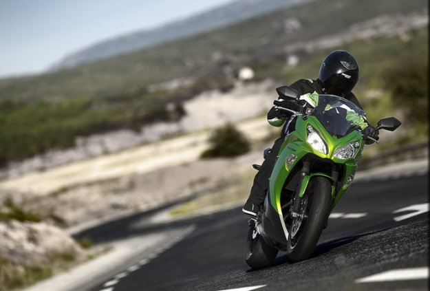 Test Kawasaki er-6f 2012: and for a few Euros moreover…