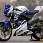 Coupe of France Promosport 2013: Yamaha YZF 125R in the race