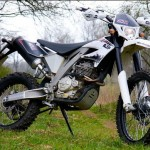 Test AJP 250 PR5 Enduro 2013: Sporting hiker new look