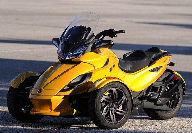 Test Can-Am Spyder ST 1000