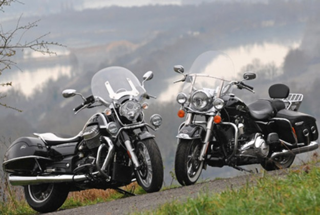 Comparative Harley-Davidson motorcycles 1690 Road King vs Moto Guzzi 1400 California Touring: Two kings for a crown