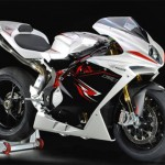 Test MV Agusta F4 2013: The Prestige of the Directions