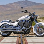News motorcycle 2013: Victory Boardwalk, Judge of cruising