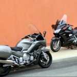 Honda Pan European Vs Yamaha FJR 1300 2013: GT on the road!