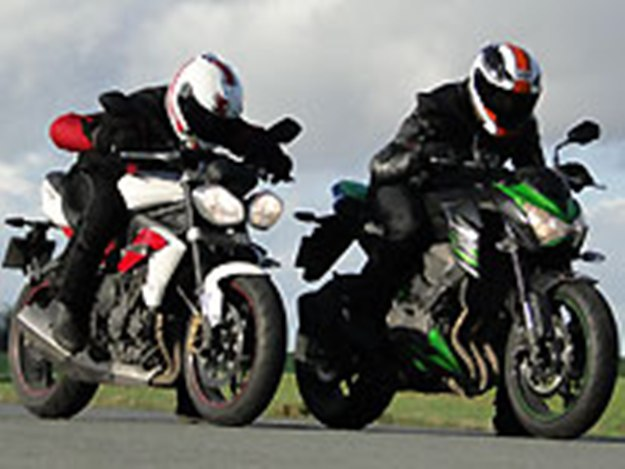 Kawasaki Z800 Vs Triumph Street Triples R: road-stars of 2013!