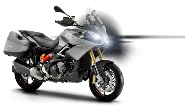 Test Aprilia Caponord 1200 Travels Pack: First feelings with the handlebar of the new maxi