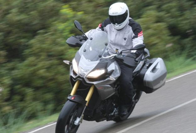 Test Aprilia Caponord 1200 Travels Pack: Known in Ducati Multistrada!