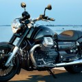 Test Moto Guzzi California 1400 Custom: Great malicious look