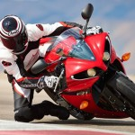 2014 Yamaha YZF-R1 First Look Review and Specifications