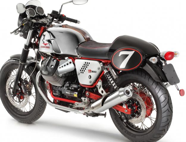 Moto Guzzi V7 Racer 2013