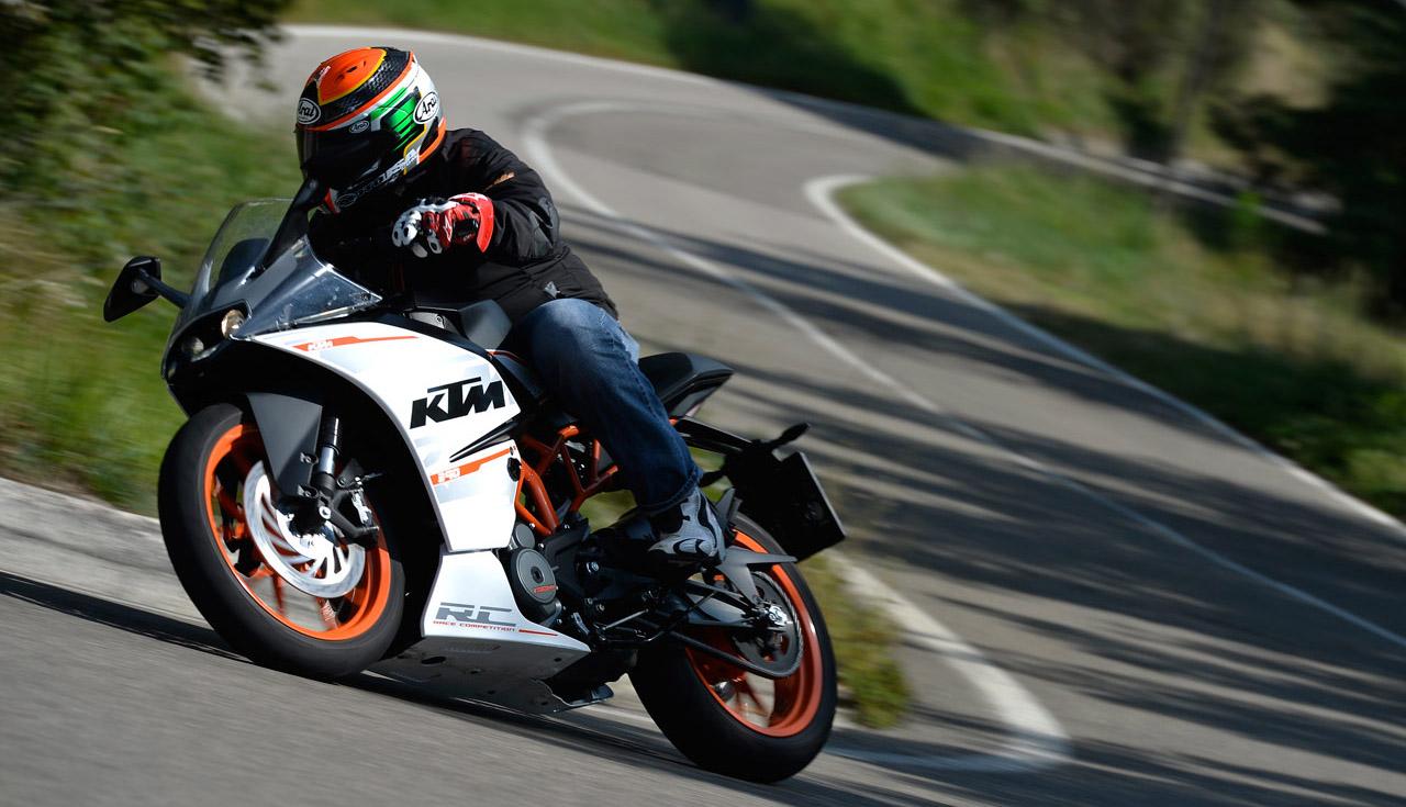 2015 KTM RC 390 pics