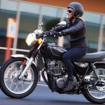 2015 Yamaha SR400 Review, Old Bike in new Touch