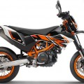 2015 KTM 690 SMC R ABS color