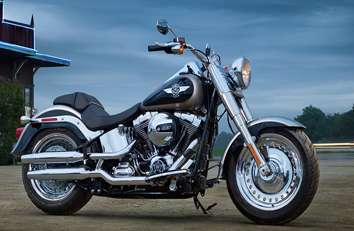 harley davidson 2016 softail fat boy special review. Black Bedroom Furniture Sets. Home Design Ideas