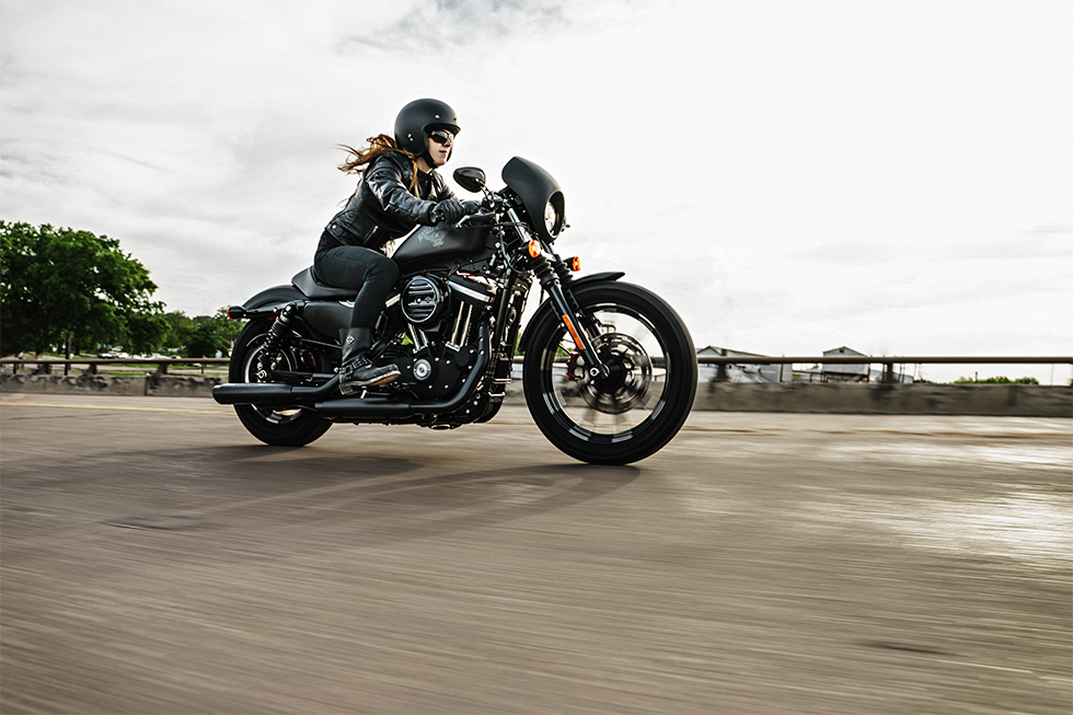 2016 Harley Davidson Sportster Iron 883 Reviews Price