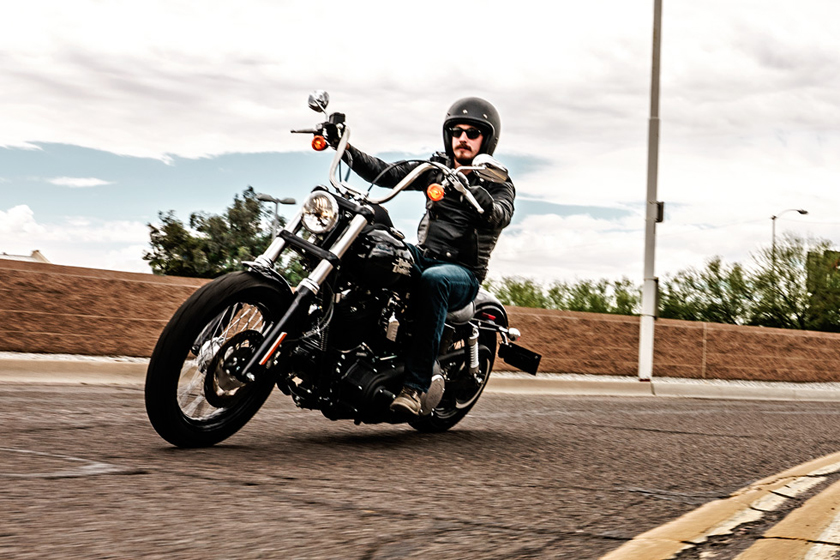 review of 2017 harley davidson dyna street bob - bikes catalog