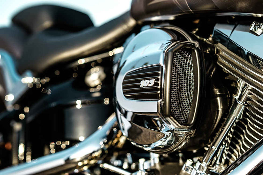 2017 Softail Breakout Harley-Davidson Engine