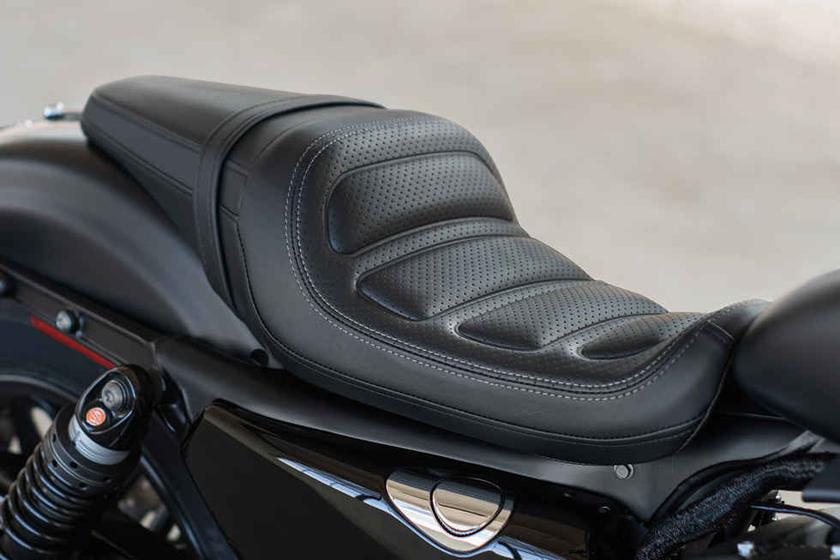 2017 Sportster Roadster Harley Davidson Seat