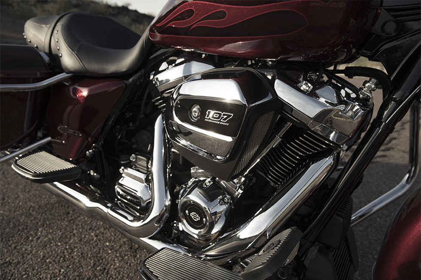 Harley-Davidson 2017 Road King engine