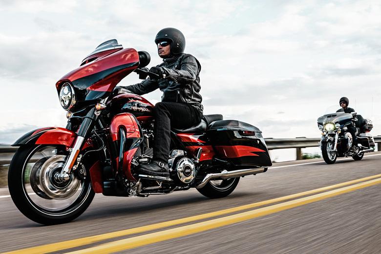 2017 Cvo Limited Harley Davidson Bike Review Price Bikes