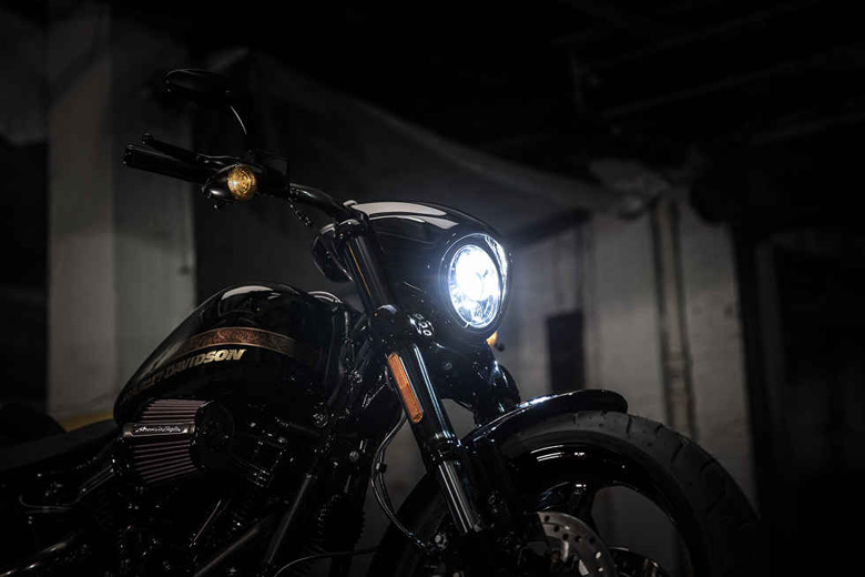 Harley Davidson 2017 CVO Pro Street Breakout Style
