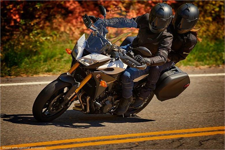 FJ-09 2017 Yamaha SuperSport Touring Bike