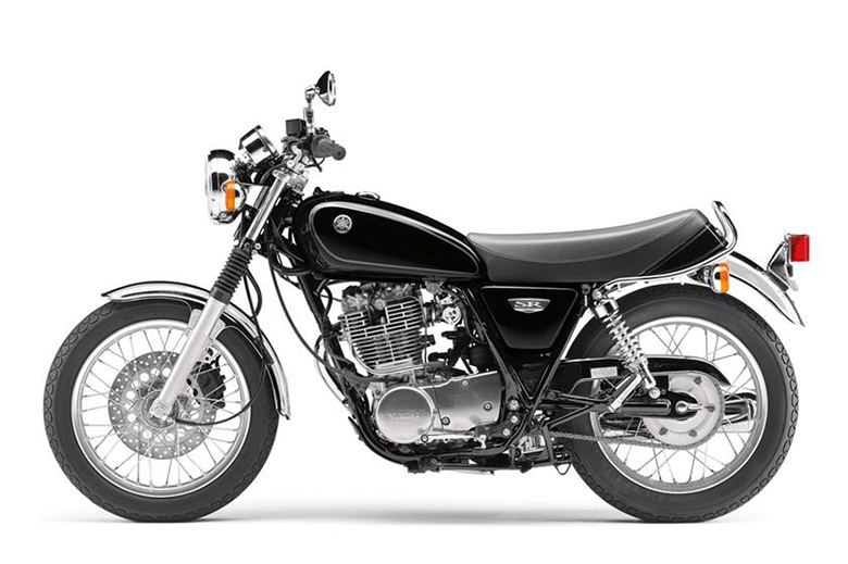 Yamaha 2017 sr400 sport heritage motorcycle review bikes for Yamaha sport motorcycles