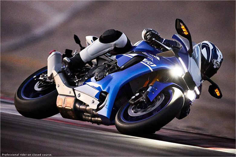 2017 Yzf R1 Yamaha Supersport Motorcycle Review Price