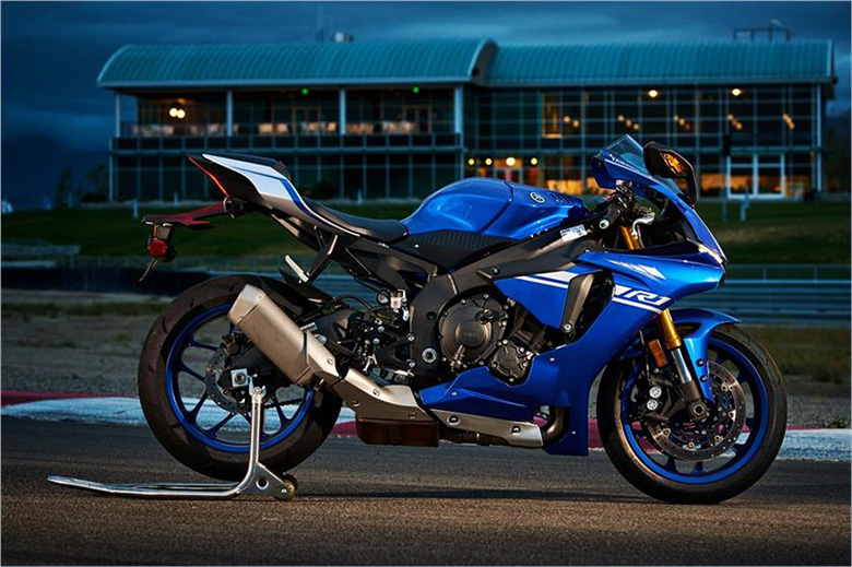 2017 yzf r1 yamaha supersport motorcycle review price for Yamaha yzf r1 2017