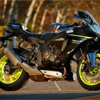 2017 YZF-R1S Yamaha Powerful Sports Bike