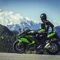 Kawasaki 2017 Ninja 1000 ABS Powerful Sports Bike