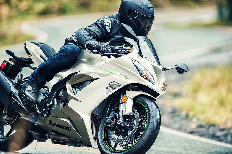 2017 Kawasaki NINJA ZX-6R ABS SuperSport Bike