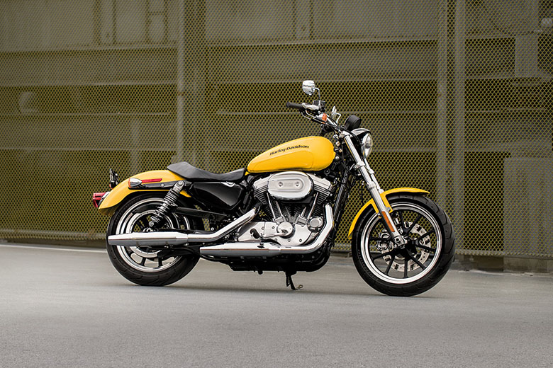 harley davidson sportster 2018 superlow cruisers review. Black Bedroom Furniture Sets. Home Design Ideas