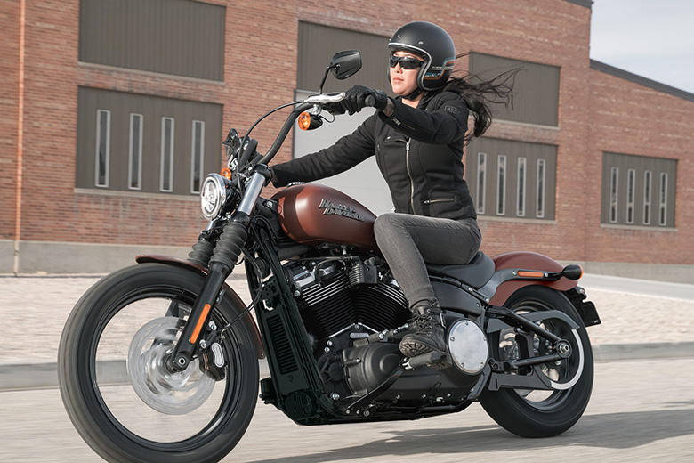 2018 harley davidson softail street bob review price. Black Bedroom Furniture Sets. Home Design Ideas