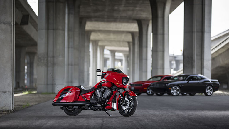 Victory Magnum 2017 Baggers