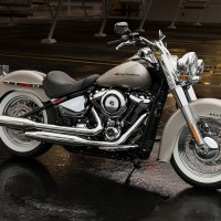 2018 Softail Deluxe Harley-Davidson Cruisers