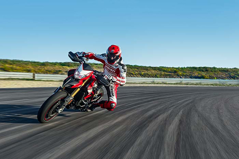 2017 Ducati Hypermotard 939 SP Dual Purpose Bike Race